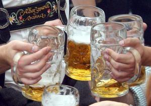 Горсовет одного из немецких городов проводит вечерние заседания в ресторане