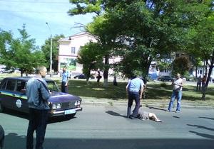 В Николаеве автомобиль ГАИ сбил женщину на пешеходном переходе