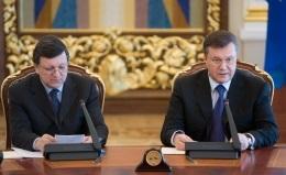 Янукович уверен, что сотрудничество Украины с ТС не будет препятствовать созданию ЗСТ с ЕС