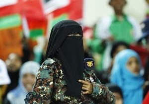 Против демонстрантов в Омане применили слезоточивый газ