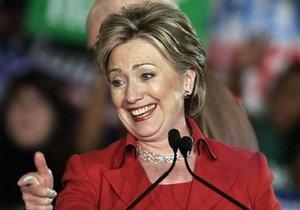 Хиллари Клинтон отправилась в турне по странам Закавказья