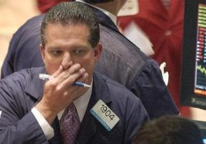Нефть, золото и евро дешевеют, фондовые индексы падают