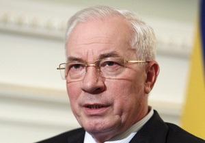 Азаров пообещал найти помещение для больницы по лечению СПИДа в Киеве