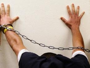 Житель Туниса поругался с полицейскими, отказавшимися посадить его в тюрьму