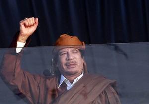 Личный пилот Каддафи бежал в Европу