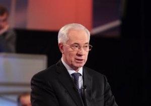 Побоище в парламенте: Азаров считает циничными действия оппозиции