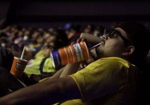 СМИ: Русский дубляж вернулся в кинотеатры Украины