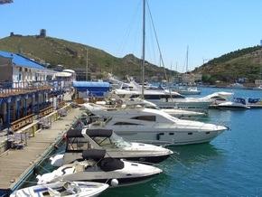 В Крыму обнаружили контрабандную яхту почти за 8 млн