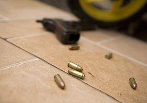 В Японии мужчина открыл стрельбу в баре, после чего покончил с собой