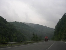 Селевый поток ограничил движение транспорта через Карпаты