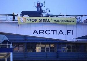 Защитники природы захватили два ледокола в Финляндии