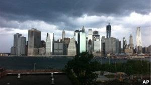 Торнадо ударил по Нью-Йорку, прервав полуфинал US Open