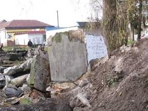 В Комарно перезахоронят останки военнослужащих НКВД