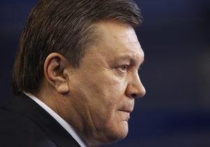 Янукович рассматривает кандидатуры Тигипко, Яценюка и Азарова на пост премьера