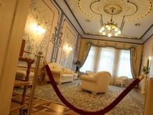Кабмин запретит чиновникам покупать дорогую мебель