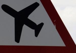 На Аляске самолет посадили из-за пассажирки, пытавшейся покончить с собой