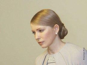Тимошенко просит не связывать с политикой смену ее прически