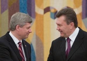 СМИ: Янукович перепутал фамилию премьер-министра Канады