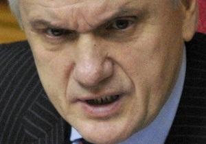 Соратники Литвина, которые будут баллотироваться от ПР, приостановили членство в партии