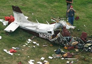 В Черновицкой области упал самодельный летательный аппарат: пилот погиб
