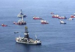 Новый разлив нефти в районе Мексиканского залива: буксир столкнулся с нефтяной платформой
