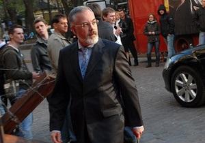 Табачник пообещал вынести на общественное обсуждение условия вступительной кампании-2011