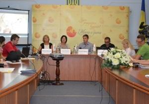 Сеть клиник «Мать и дитя» презентовала социальный проект «Ребенок в каждую семью» в городе Чернигов.