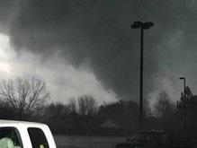 Новое американское торнадо: 29 пострадавших
