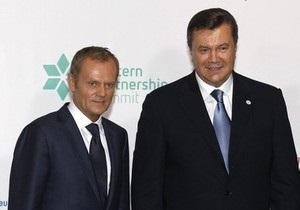 Туск назвал визит Януковича в Польшу на Евро-2012  естественным, но некомфортным