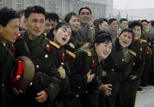 Северокорейские СМИ: Жители Пхеньяна не хотят верить в кончину Ким Чен Ира