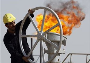 Неопределенность в еврозоне толкает цены на нефть вниз