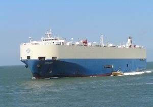 Захваченное пиратами судно с десятью украинцами на борту перевозит 2,4 тысячи машин Hyundai и Kia