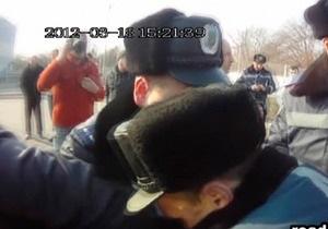 В Запорожье произошла драка между работниками ГАИ и Дорожным контролем