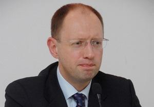 Яценюк считает, что объединение оппозиционных партий ничего не изменит