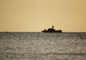 В Черном море столкнулись сухогруз и танкер: одно из судов затонуло