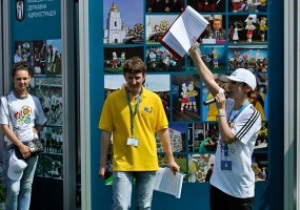Забор вокруг фан-зоны в Киеве построили по требованию УЕФА