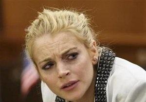 Линдсей Лохан вызывают с Каннского фестиваля повесткой в суд в США