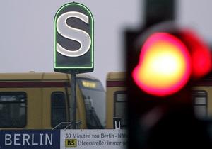 В берлинском метро всю ночь проездил мертвый пассажир