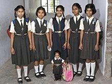 Самая миниатюрная девушка в мире гордится своим ростом