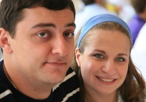 СМИ: Коломойский выдал дочь замуж. Роспись прошла в израильской пустыне
