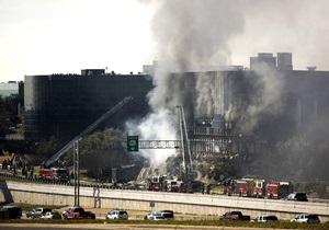 В США обнаружили предсмертную записку пилота, который спикировал на здание в Техасе