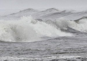 Тайфун Талас движется в сторону России