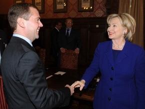 Клинтон призналась, что ей нравится Медведев