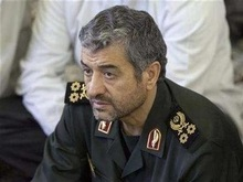Иран закроет Ормузский пролив в случае внешней агресси