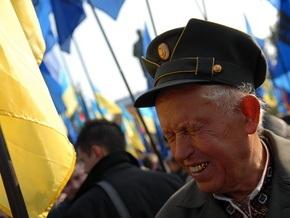 Тернопольские депутаты просят увеличить пенсии и льготы ветеранам ОУН-УПА