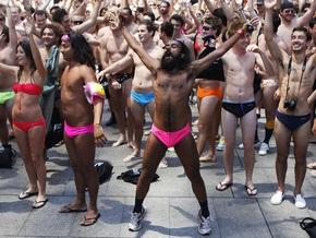 Фотогалерея: Новый рекорд в купальниках
