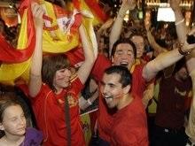 10 тысяч испанцев побреются налысо в случае победы сборной на Евро-2008