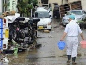 На Японию обрушился мощный тайфун Этау