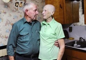 Канадские супруги-пенсионеры отдали на благотворительность выигранные в лотерею $10,6 млн