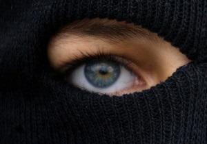 Неизвестный сообщил о десяти готовящихся терактах в разных районах Симферополя